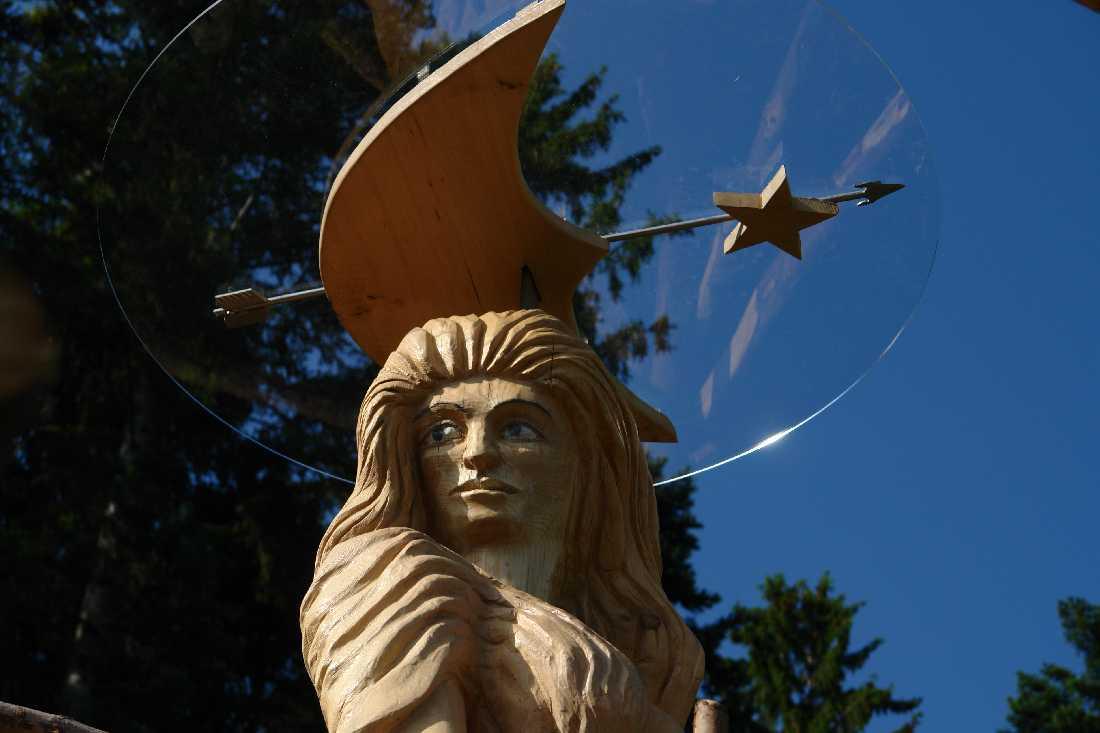 Artemis, thomas rees 12