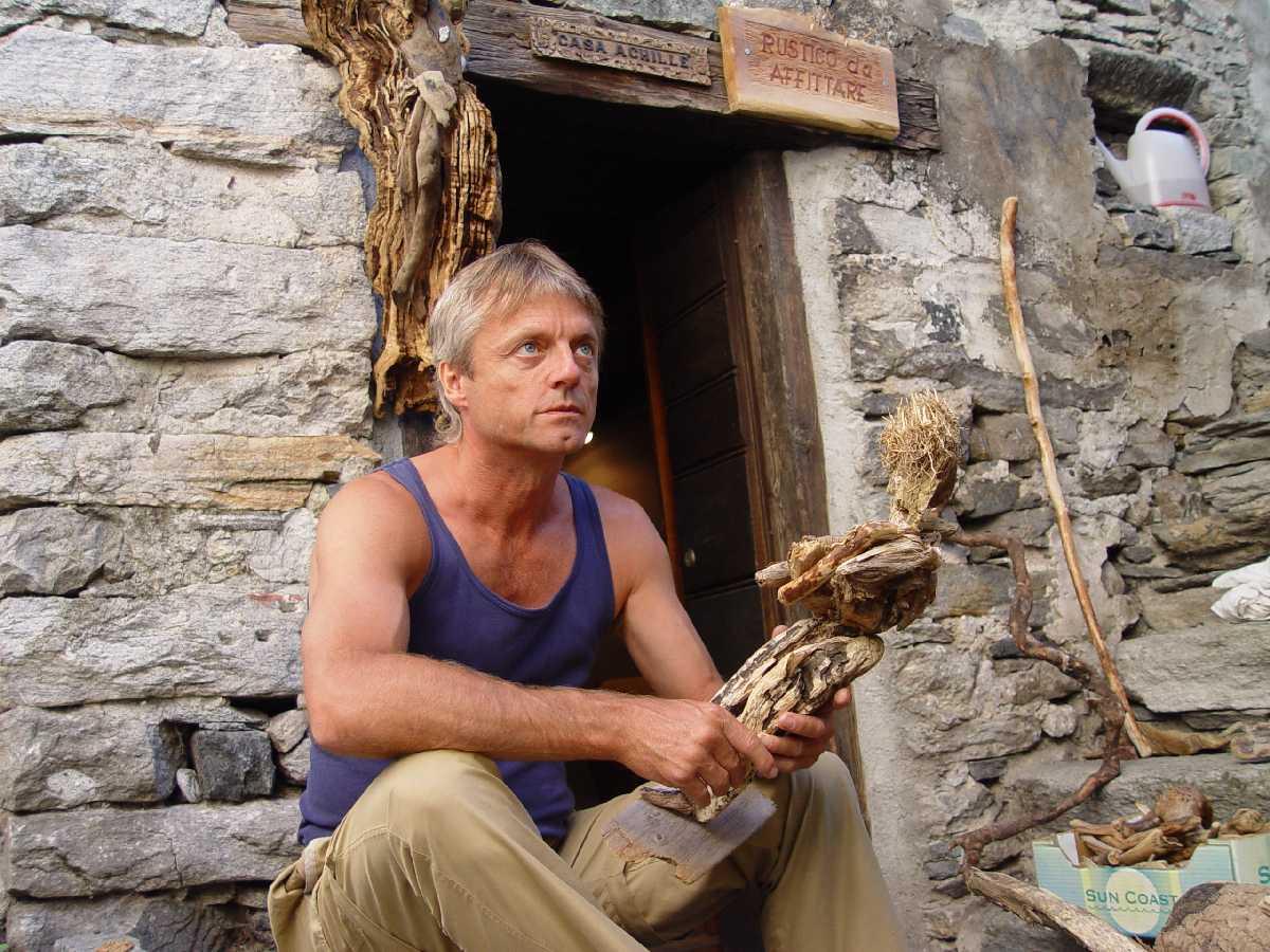 Corippo, Skulpturen aus dem Tal de gruenen Wassers 234