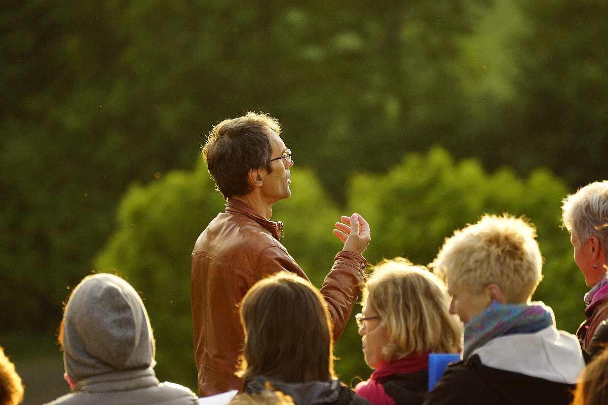 Singen am Baum der Erkenntnis42